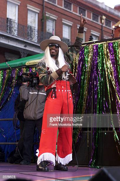 Andre 3000 of Outkast performing at the MTV Mardi Gras 2002 celebration in New Orleans La 2/5/02 Photo by Frank Micelotta/ImageDirect