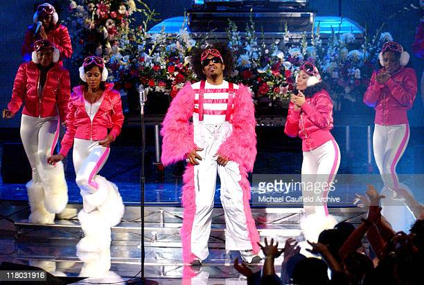 Andre 3000 of Outkast performs 'Hey Ya' at the VH1 Big in'03 airing November 30 2003