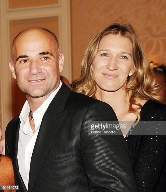 Andre Agassi and Steffi Graf attend the Andre Agassi Foundation Grand Slam For Children VIP Dinner at Wynn Las Vegas on September 25 2009 in Las...