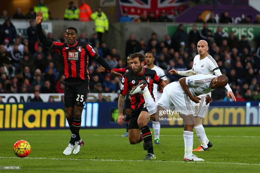 Andre Ayew of Swansea City scores his team's first goal during the Barclays Premier League match between Swansea City and AFC Bournemouth at the...