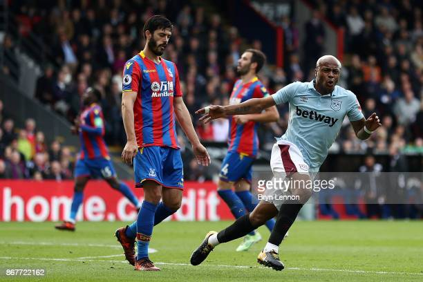 Andre Ayew of West Ham United celebrates scoring during the Premier League match between Crystal Palace and West Ham United at Selhurst Park on...