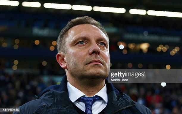 Andre Breitenreiter head coach of Schalke looks on prior to the UEFA Europa League round of 32 second leg match between FC Schalke 04 and Shakhtar...