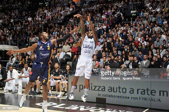 Andre Collins of Obiettivo Lavoro competes with Jerome Dyson of Manital during the LegaBasket match between Virtus Obiettivo Lavoro Bologna v...