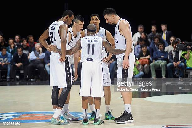 Andre Collins of Obiettivo Lavoro talks over with Rod Odom and Simone Fontecchio and Abdul Gaddy and Valerio Mazzola during the LegaBasket match...