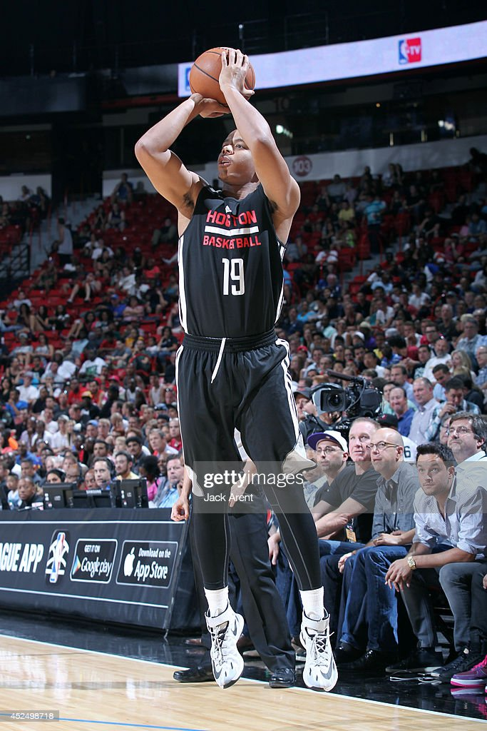 <a gi-track='captionPersonalityLinkClicked' href=/galleries/search?phrase=Andre+Dawkins&family=editorial&specificpeople=6543120 ng-click='$event.stopPropagation()'>Andre Dawkins</a> #19 of the Houston Rockets shoots against the Sacramento Kings during the Samsung NBA Summer League 2014 on July 21, 2014 at the Thomas & Mack Center in Las Vegas, Nevada.