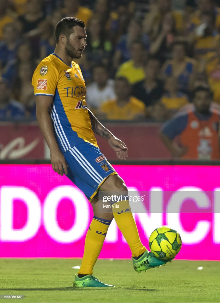 Andre Gignac takes a shot during the semi finals first leg match between Tigres UANL and Tijuana as part of the Torneo Clausura 2017 Liga MX Universitario Stadium on May 18, 2017 in Monterrey, Mexico.