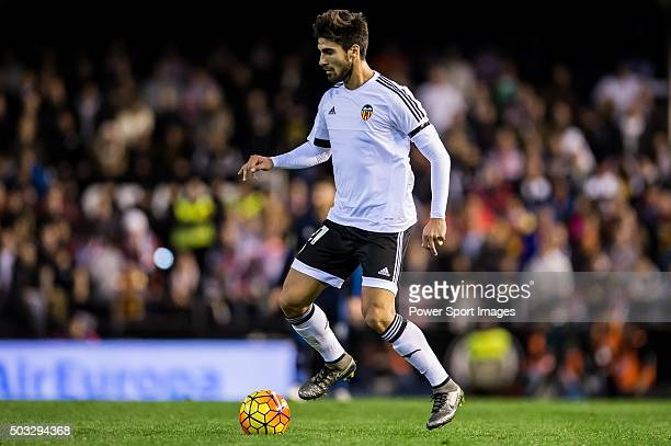Andre Gomes of Valencia CF in action during the Valencia CF vs Real Madrid CF as part of the Liga BBVA 20152016 at Estadi de Mestalla on January 3...