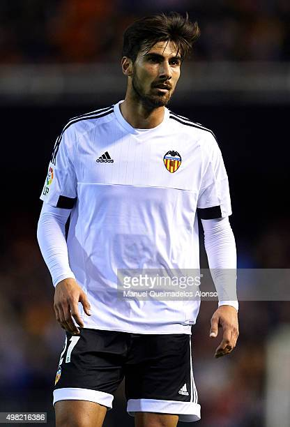 Andre Gomes of Valencia looks on during the La Liga match between Valencia CF and UD Las Palmas at Estadi de Mestalla on November 21 2015 in Valencia...
