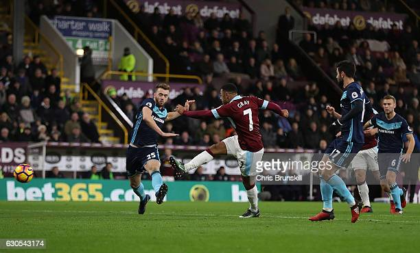 Andre Gray of Bunley scores the opening goal of the game during the Premier League match between Burnley and Middlesbrough at Turf Moor on December...
