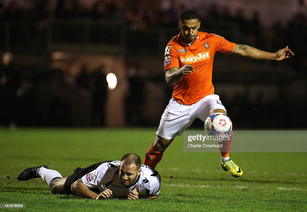 <a gi-track='captionPersonalityLinkClicked' href=/galleries/search?phrase=Andre+Gray&family=editorial&specificpeople=12891824 ng-click='$event.stopPropagation()'>Andre Gray</a> of Luton attacks during the Skrill Conference Premier match between Dartford and Luton Town at Princes Park on April 01, 2014 in Dartford, England,