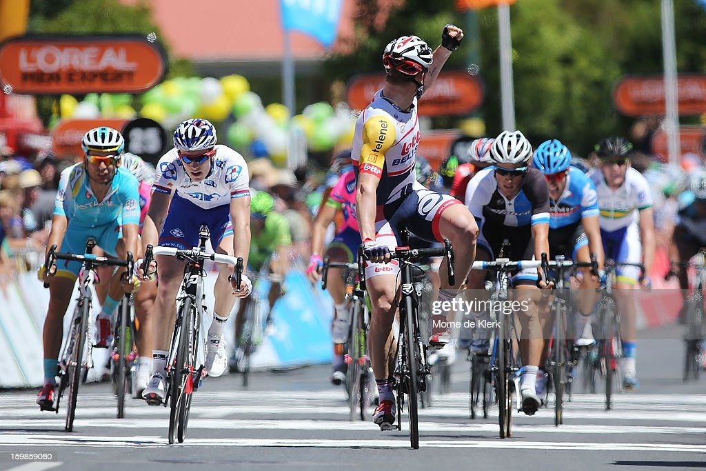 <a gi-track='captionPersonalityLinkClicked' href=/galleries/search?phrase=Andre+Greipel&family=editorial&specificpeople=874849 ng-click='$event.stopPropagation()'>Andre Greipel</a> (C) of Germany and the Lotto Belisol Team looks back and celebrates after winning stage 1 of the Tour Down Under bicycle race between Prospect and Lobethal in the Adelaide Hills on January 22, 2013 in Adelaide, Australia.