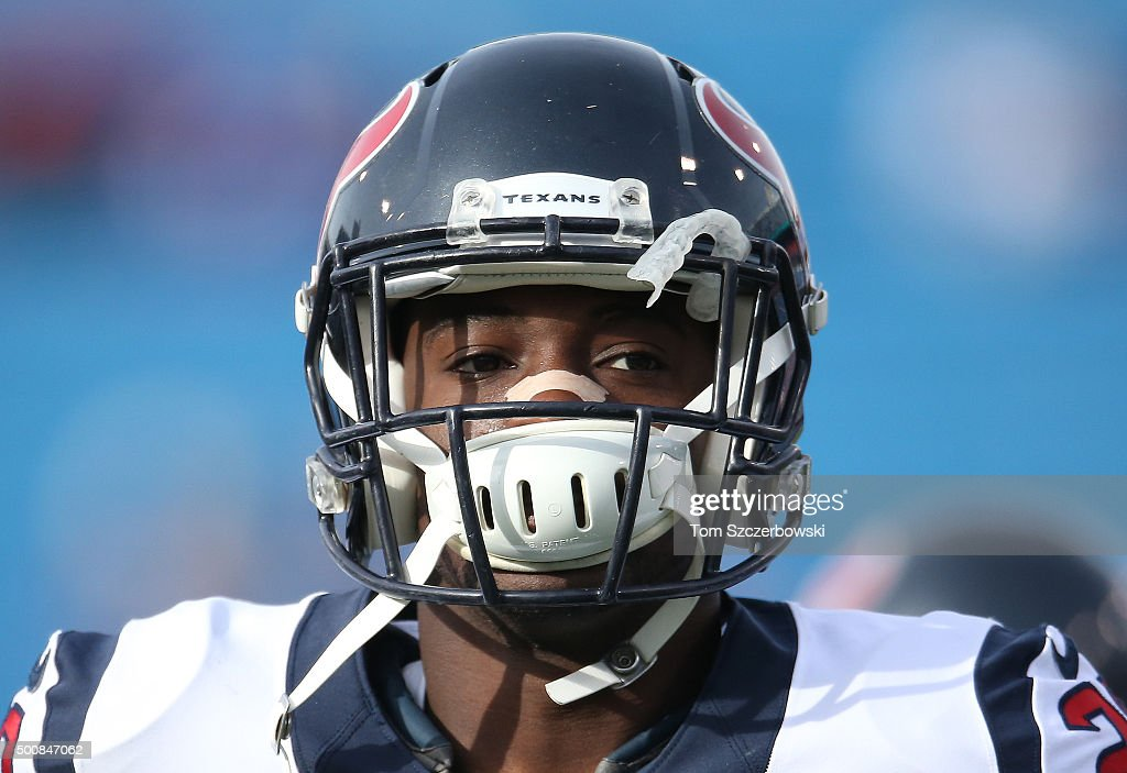 <a gi-track='captionPersonalityLinkClicked' href=/galleries/search?phrase=Andre+Hal&family=editorial&specificpeople=8281332 ng-click='$event.stopPropagation()'>Andre Hal</a> #29 of the Houston Texans warms up before playing against the Buffalo Bills during NFL game action at Ralph Wilson Stadium on December 6, 2015 in Orchard Park, New York.