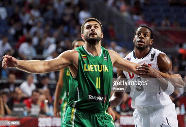 Andre Iguodala of USA battles for the ball with Linas Kleiza of Lithuania at the 2010 World Championships of Basketball during the game between USA...