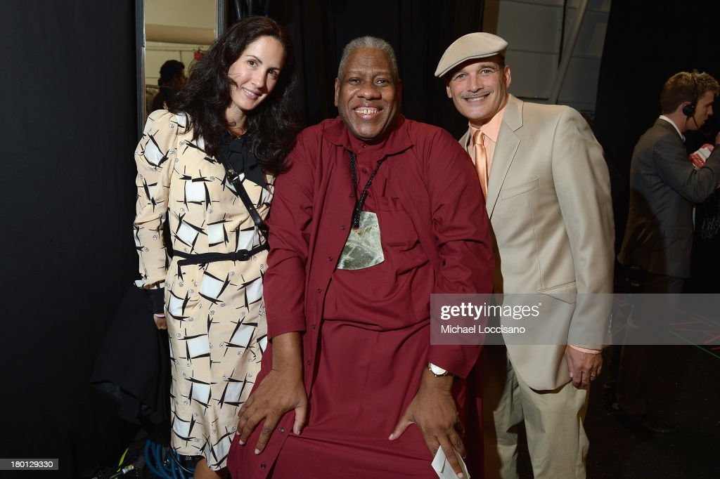 <a gi-track='captionPersonalityLinkClicked' href=/galleries/search?phrase=Andre+Leon+Talley&family=editorial&specificpeople=171165 ng-click='$event.stopPropagation()'>Andre Leon Talley</a> (C) poses backstage at the Carolina Herrera fashion show during Mercedes-Benz Fashion Week Spring 2014 at The Theatre at Lincoln Center on September 9, 2013 in New York City.