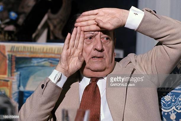 Andre Malraux Paris mars 1975 Portrait d'André MALRAUX ancien Ministre d'État chargé des Affaires culturelles encadrant la partie gauche de son...