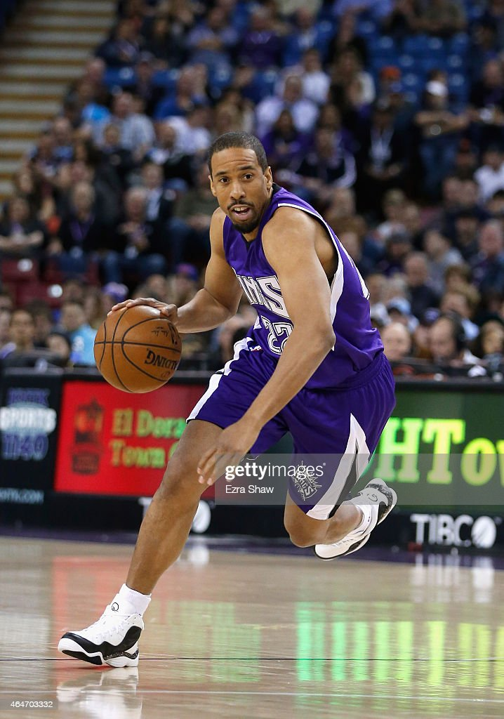 Andre Miller #22 of the Sacramento Kings in action against the Memphis Grizzlies at Sleep Train Arena on February 25, 2015 in Sacramento, California.