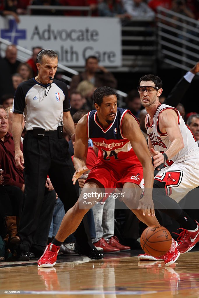 Andre Miller #24 of the Washington Wizards handles the ball against the Chicago Bulls in Game 5 of the Eastern Conference Quarterfinals in the 2014 NBA Playoffs on April 29, 2014 at the United Center in Chicago, Illinois.