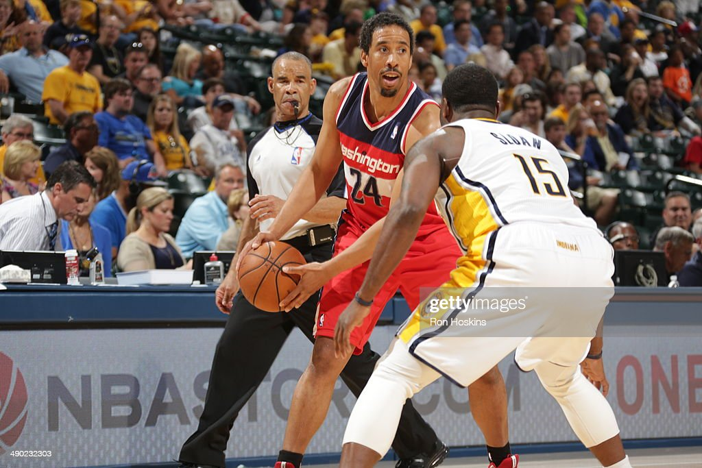 Andre Miller #24 of the Washington Wizards handles the ball against the Indiana Pacers in Game Five of the Eastern Conference Semi-Finals during the 2014 NBA Plaoffs at Bankers Life Fieldhouse on May 13, 2014 in Indianapolis, Indiana.