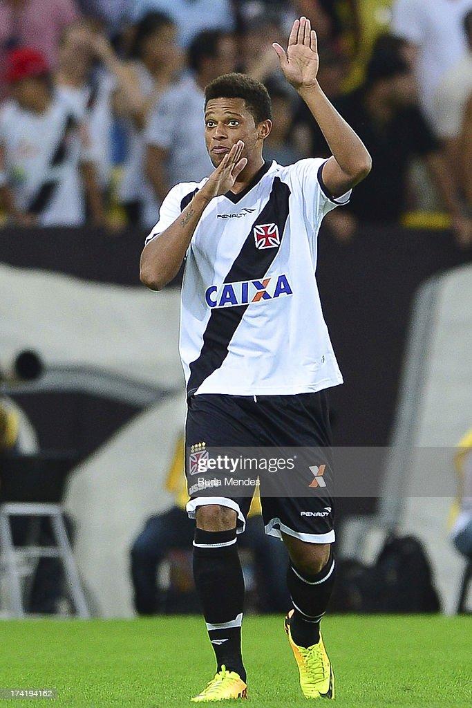 Andre of Vasco celebrates a goal against Fluminense during a match between Fluminense and Vasco as part of Brazilian Championship 2013 at Maracana Stadium on July 21, 2013 in Rio de Janeiro, Brazil.