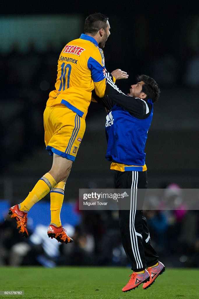Andre Pierre Gignac celebrates after scoring the first goal of his team during the final second leg match between Pumas UNAM and Tigres UANL as part of the Apertura 2015 Liga MX at Olimpico Universitario Stadium on December 13, 2015 in Mexico City, Mexico.