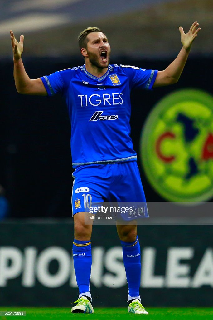 Andre Pierre Gignac of Tigres celebrates after scoring thr first goal of his team during the Final second leg match between America and Tigres UANL as part of the Concacaf Champions League 2016 at Azteca Stadium on April 27, 2016 in Mexico City, Mexico.