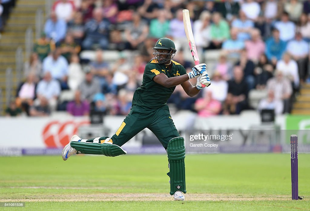 <a gi-track='captionPersonalityLinkClicked' href=/galleries/search?phrase=Andre+Russell&family=editorial&specificpeople=5348594 ng-click='$event.stopPropagation()'>Andre Russell</a> of Nottinghamshire bats during the NatWest T20 Blast match between Worcestershire and Nottinghamshire at New Road on June 18, 2016 in Worcester, England.
