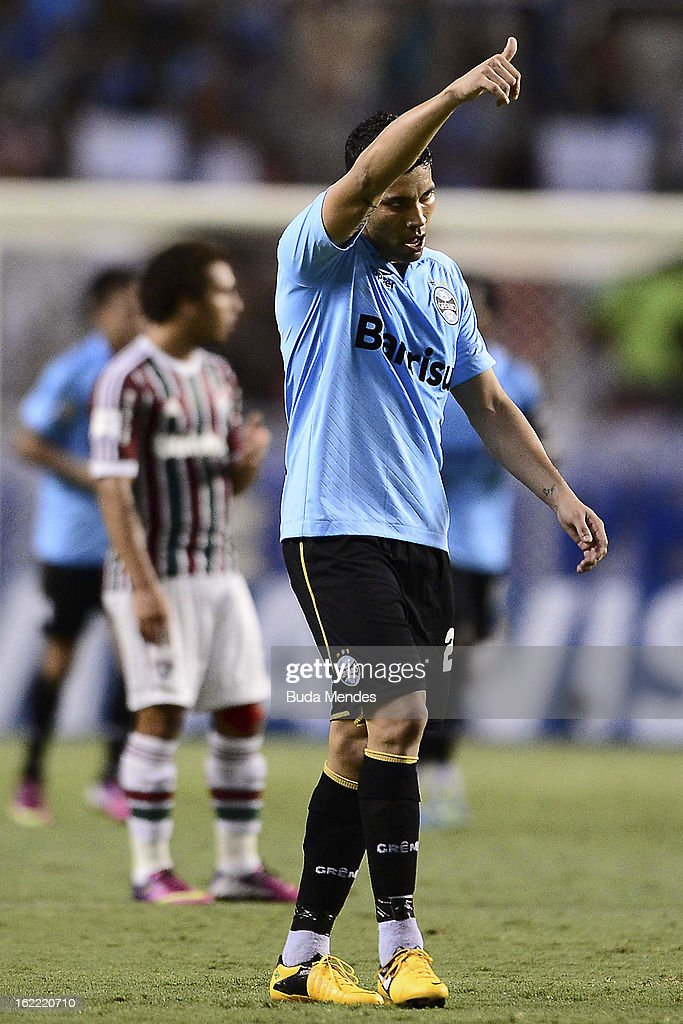 Andre Santos of Gremio cerebrates a scored goal during a match between Fluminense and Gremio as part of the Copa Libertadores 2013 at Joao Havelange...