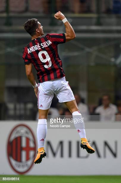 Andre Silva of AC Milan celebrates after scoring a goal during the UEFA Europa League Qualifying PlayOffs Round First Leg match between AC Milan and...
