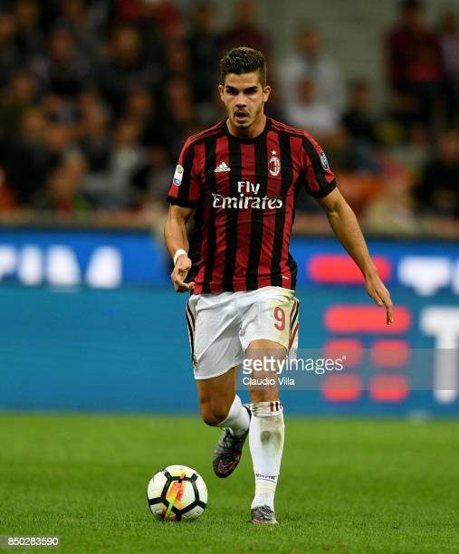 Andre Silva of AC Milan in action during the Serie A match between AC Milan and Spal at Stadio Giuseppe Meazza on September 20 2017 in Milan Italy