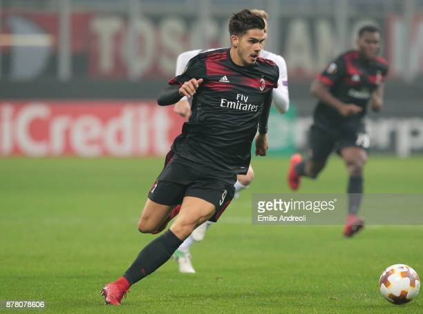 Andre Silva of AC Milan in action during the UEFA Europa League group D match between AC Milan and Austria Wien at Stadio Giuseppe Meazza on November...