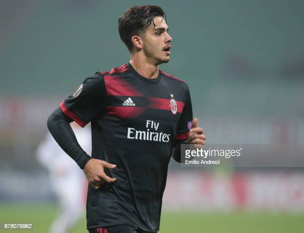 Andre Silva of AC Milan looks on during the UEFA Europa League group D match between AC Milan and Austria Wien at Stadio Giuseppe Meazza on November...