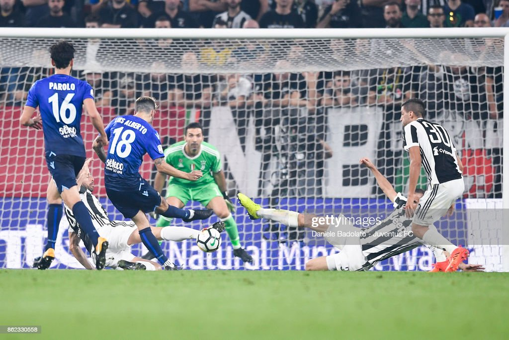 Andrea Barzagli and Giorgio Chiellini during the Serie A match between Juventus and SS Lazio on October 14, 2017 in Turin, Italy.