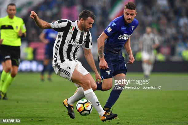 Andrea Barzagli of Juventus in action during the Serie A match between Juventus and SS Lazio on October 14 2017 in Turin Italy
