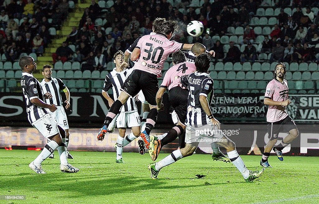 Andrea Belotti #30 of US Citta' di Palermo scores the goal during the Serie B match between AC Siena and US Citta di Palermo at Artemio Franchi - Mps Arena on October 21, 2013 in Siena, Italy.