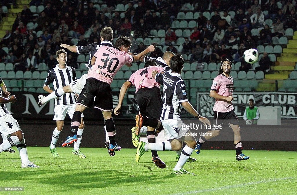 Andrea Belotti #30 of US Citta' di Palermo scores the winning goal during the Serie B match between AC Siena and US Citta di Palermo at Artemio Franchi - Mps Arena on October 21, 2013 in Siena, Italy.