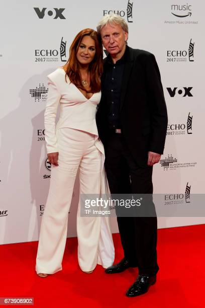 Andrea Berg and Ehemann Ulrich Ferber on the red carpet during the ECHO German Music Award in Berlin Germany on April 06 2017