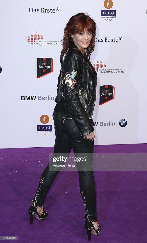 Andrea Berg arrives at the Echo award 2010 at the Messe Berlin on March 4, 2010 in Berlin, Germany.