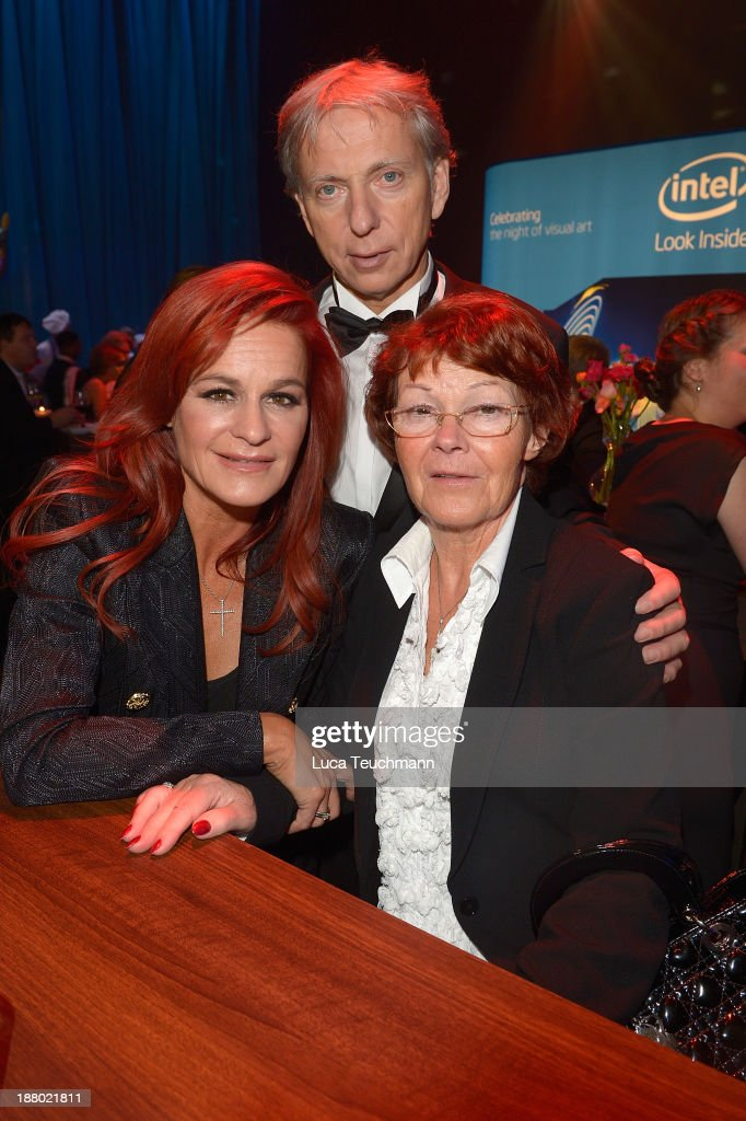 <a gi-track='captionPersonalityLinkClicked' href=/galleries/search?phrase=Andrea+Berg&family=editorial&specificpeople=2500874 ng-click='$event.stopPropagation()'>Andrea Berg</a>, Uli Ferber and Helga Zellen attend the Bambi Awards 2013 After Show Party at Stage Theater on November 14, 2013 in Berlin, Germany.