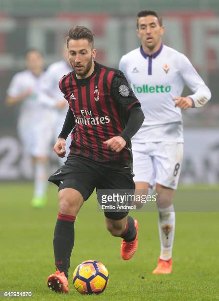 Andrea Bertolacci of AC Milan in action during the Serie A match between AC Milan and ACF Fiorentina at Stadio Giuseppe Meazza on February 19 2017 in...