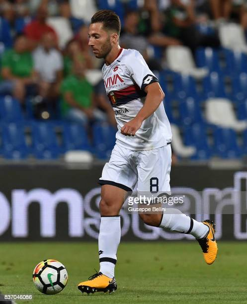 Andrea Bertolacci of Genoa CFC in action during the Serie A match between US Sassuolo and Genoa CFC at Mapei Stadium Citta' del Tricolore on August...