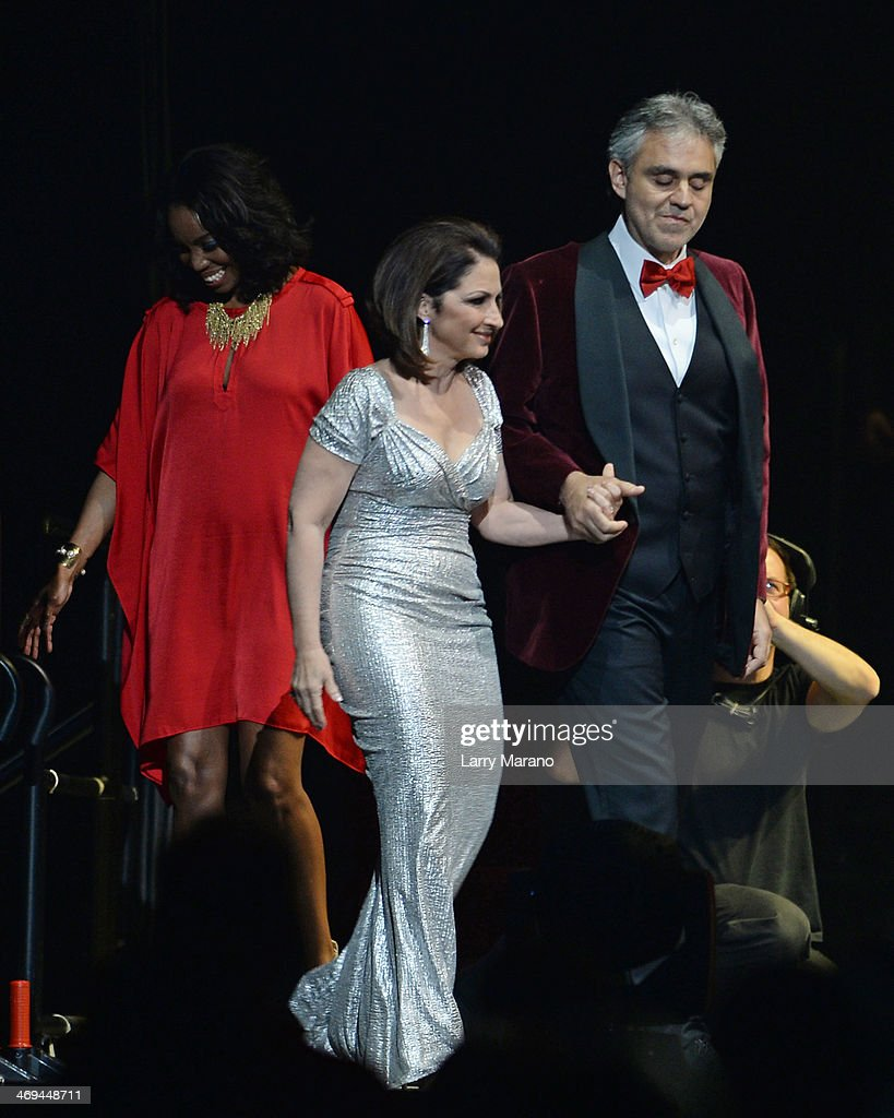 Andrea Bocelli, Gloria Estefan and Heather Headley perform during Bocelli's Valentines Day concert at BB&T Center on February 14, 2014 in Sunrise, Florida.