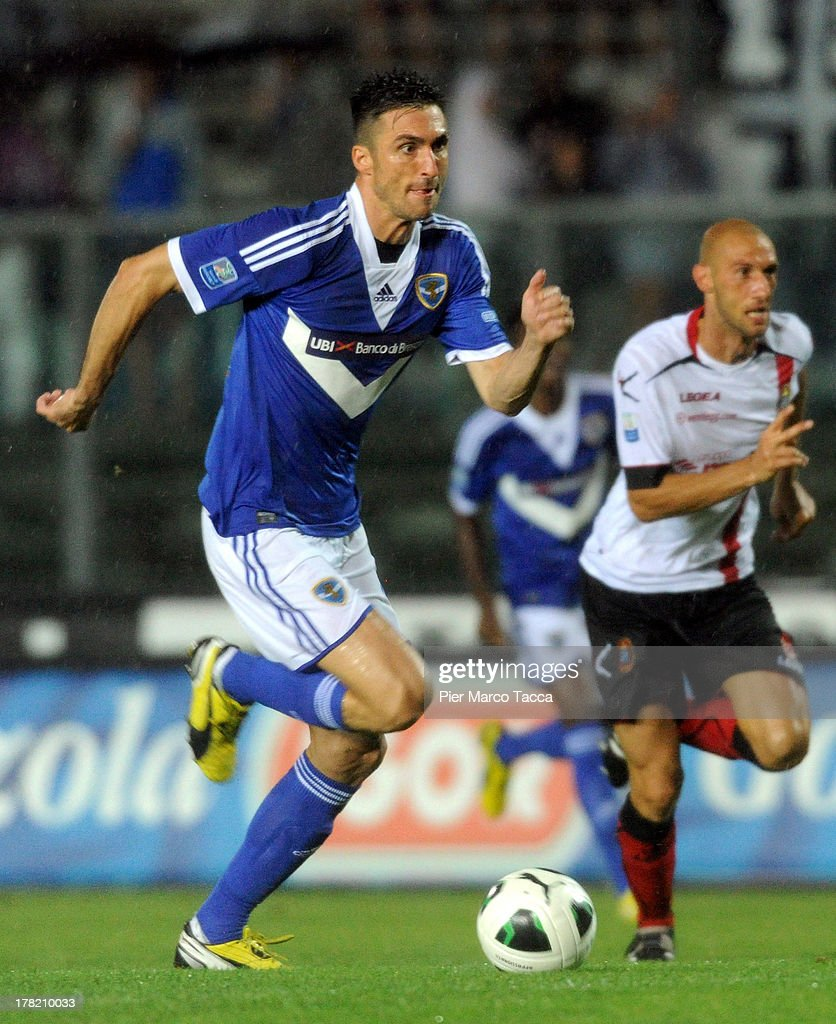 Andrea Caracciolo of Brescia in action during the Serie B match between Brescia Calcio and Virtus Lanciano at Mario Rigamonti Stadium on August 24, 2013 in Brescia, Italy.