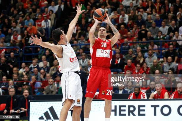 Andrea Cinciarini shoots a layup during a game of Turkish Airlines EuroLeague basketball between AX Armani Exchange Milan vs Brose Bamberg at...