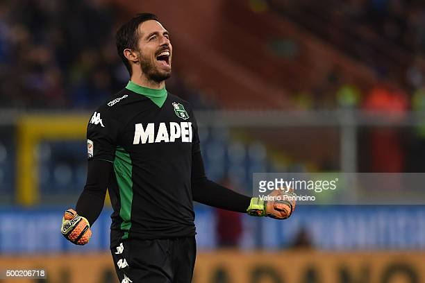 Andrea Consigli of US Sassuolo Calcio celebrates after his teammate Lorenzo Pellegrini scored their third goal during the Serie A match between UC...