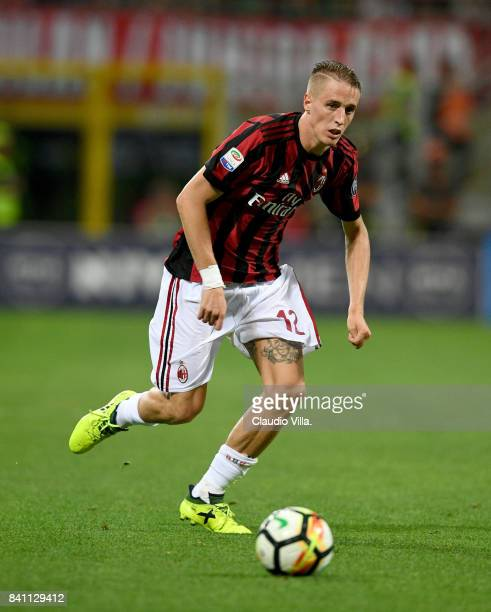 Andrea Conti of AC Milan in action during the Serie A match between AC Milan and Cagliari Calcio at Stadio Giuseppe Meazza on August 27 2017 in Milan...