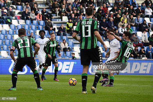 Andrea Conti of Atalanta BC scores his team's third goal during the Serie A match between US Sassuolo and Atalanta BC at Mapei Stadium Citta' del...