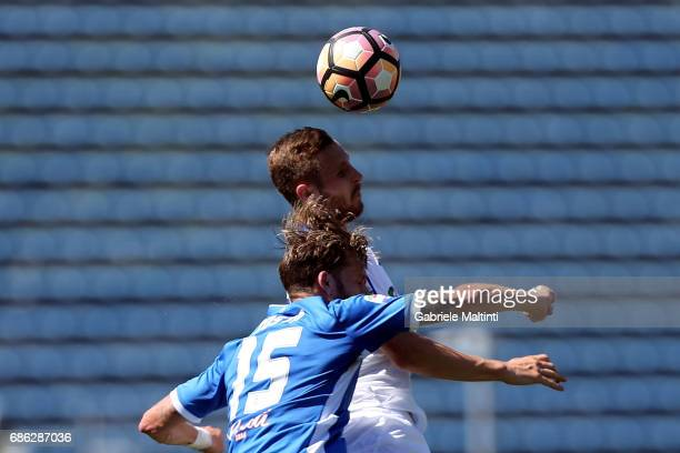 Andrea Costa of Empoli FC battles for the ball with Jasmin Kurtic of Atalanta BC during the Serie A match between Empoli FC and Atalanta BC at Stadio...