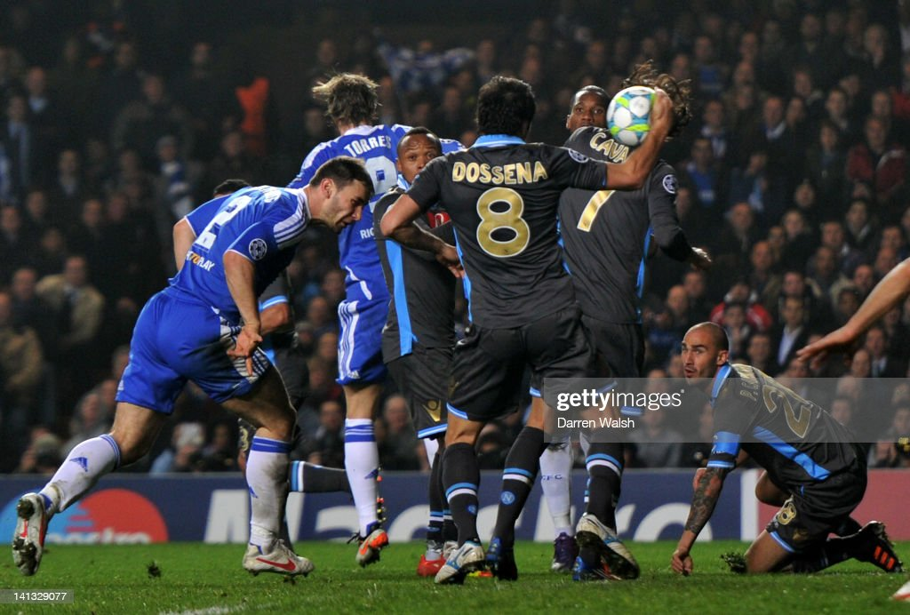 Chelsea FC v SSC Napoli - UEFA Champions League Round of 16