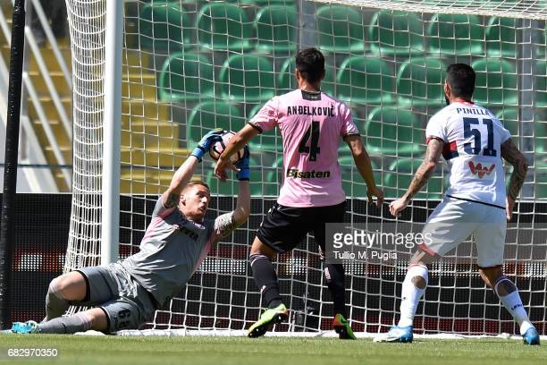 Andrea Fulignati goalkeeper of Palermo in action during the Serie A match between US Citta di Palermo and Genoa CFC at Stadio Renzo Barbera on May 14...