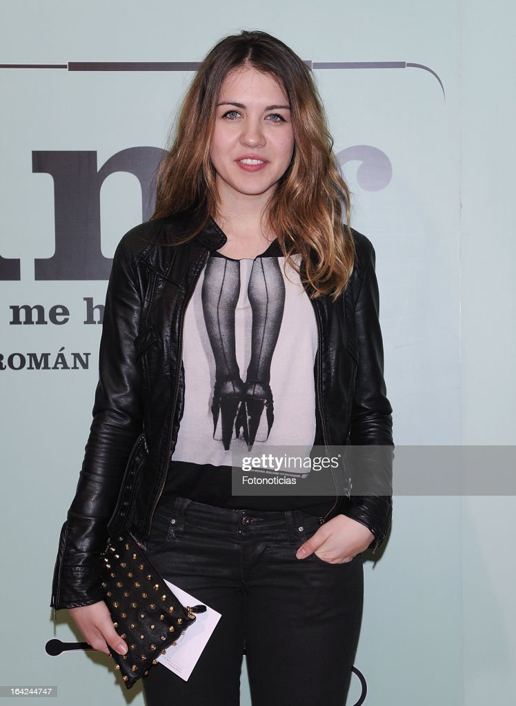 Andrea Guasch attends the premiere of 'Lifting' at the Infanta Isabel theatre on March 21, 2013 in Madrid, Spain.